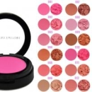 Blush Beauties Factory cu pensula
